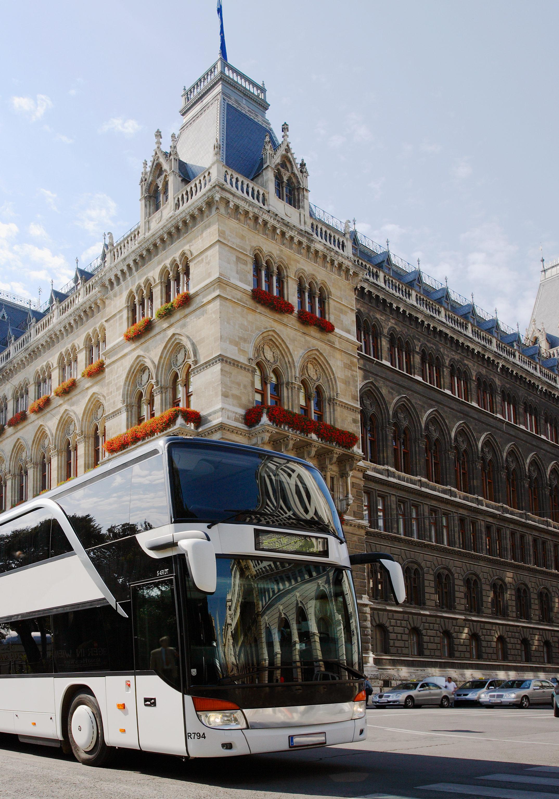 Bus vor Buckingham