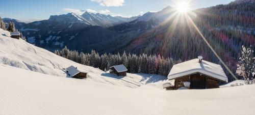 winterliches Alpenpanorama