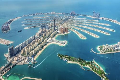 Luftbild von Palm Jumeirah Island in Dubai, Vereinigte Arabische Emirate