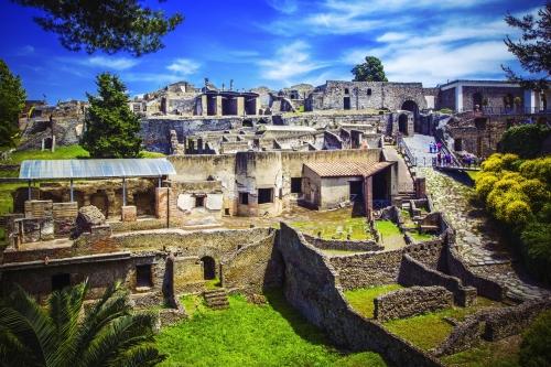 Panoramablick auf die antike Stadt von Pompeji in der Nähe von Neapel, Italien