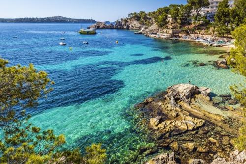 Bucht von Cala Fornells auf Mallorca, Spanien