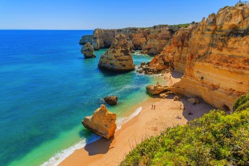 Praia da Marinha nahe Carvoeiro an der Algarve, Portugal