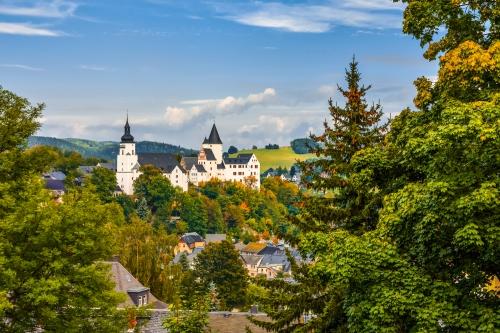 das Schloss von Schwarzenberg im sächsischen Erzgebirge, Deutschland