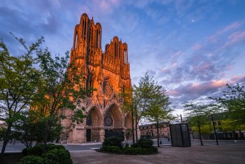 die Kathedrale Notre-Dame de Reims in der nordfranzösischen Stadt Reims