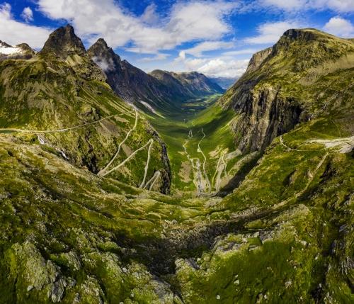 Trollstigen oder Trolls Path: eine Serpentinenstraße in Norwegen
