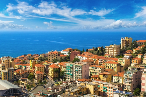 die Küstenstadt Sanremo an der italienischen Riviera