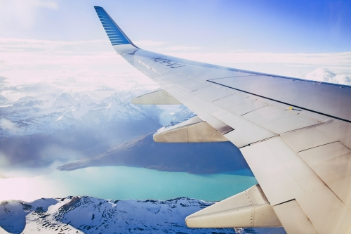 mit dem Flugzeug unterwegs