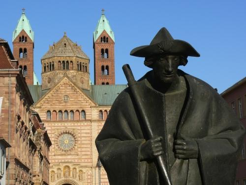 Pilger mit Dom von Speyer