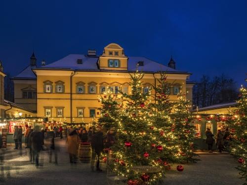 Hellbrunner Adventzauber in Salzburg, Österreich