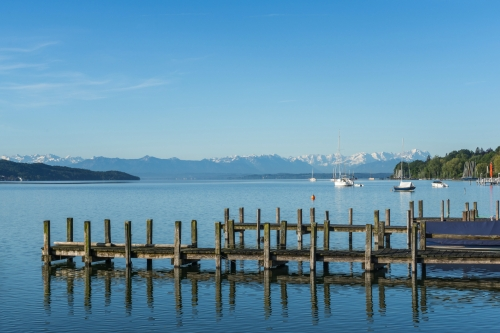 Starnberger See mit Bergblick