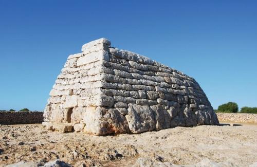 Naveta des Tudons auf Menorca