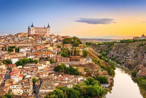 Toledo,Spanien alte Stadt über den Fluss Tejo