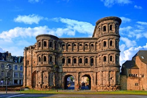 Porta Nigra: das schwarze Stadttor von Trier