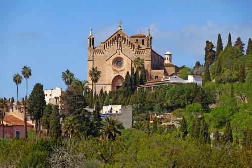 Wehrkirche Verklärung des Herrn in Arta auf Mallorca