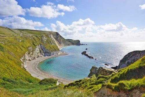 Lulworth Cove auf der englischen Jurassic Coast in Dorset, England