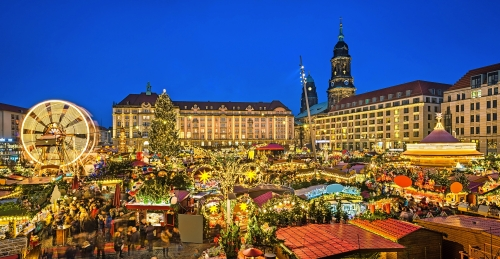 Striezelmarkt auf dem Altmarkt in Dresden, Deutschland