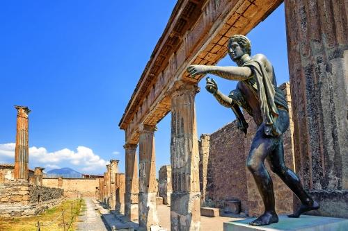 Ruinen des Apollo Tempels in Pompeji
