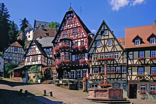 Marktplatz mit Brunnen, Miltenberg a.Main